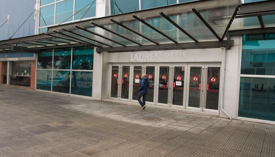 Una imatge d'arxiu de la façana dels cinemes Lauren, al camí de Valls.