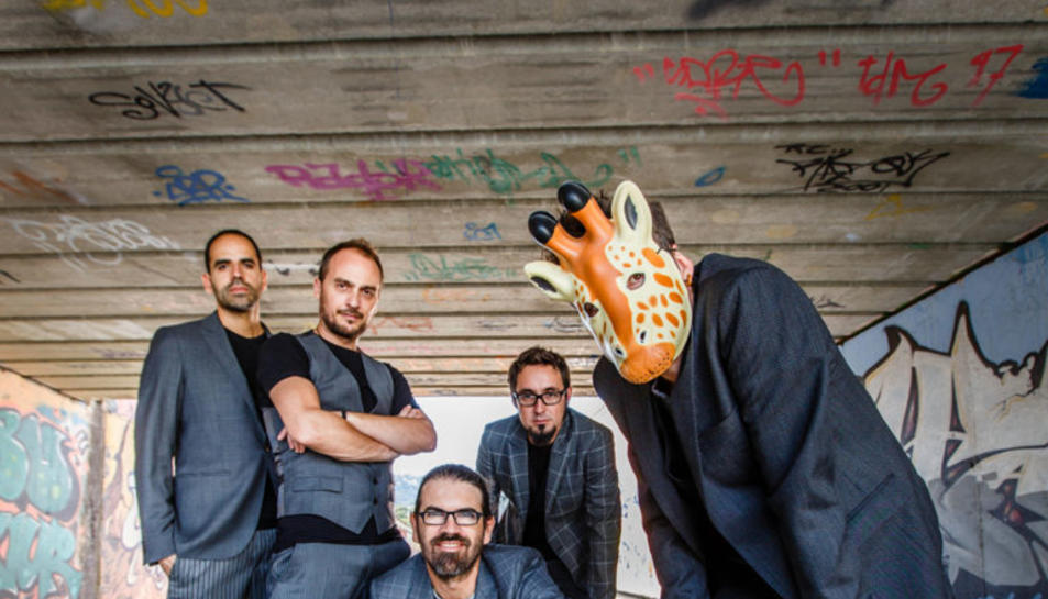 Imatge promocional del grup per la seva gira de presentació de 'Zenit'