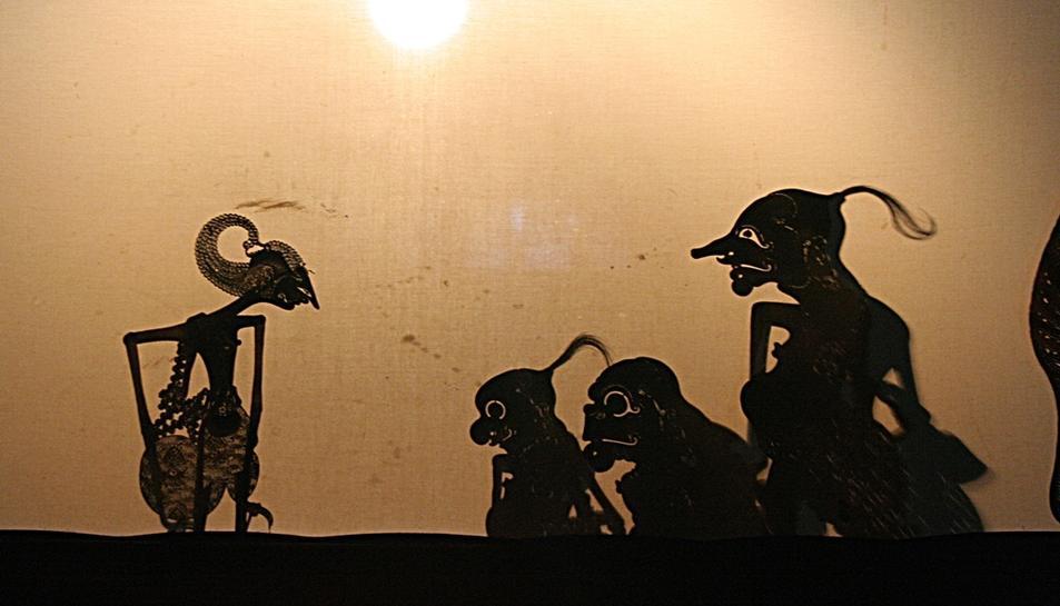 Un espectacle d'ombres xineses posarà punt i final a la festa.