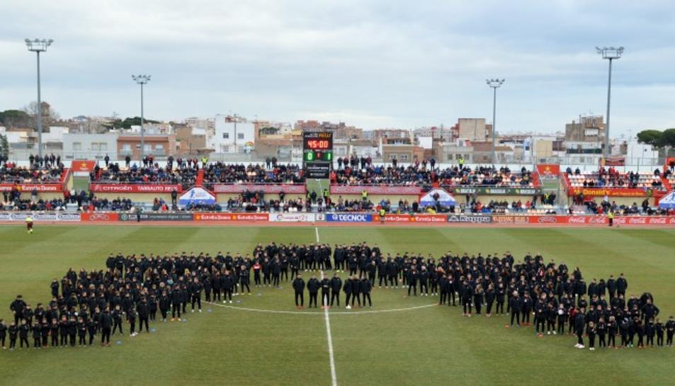 Posada de llarg dels 300 futbolistes i 17 equips de la base del CF Reus