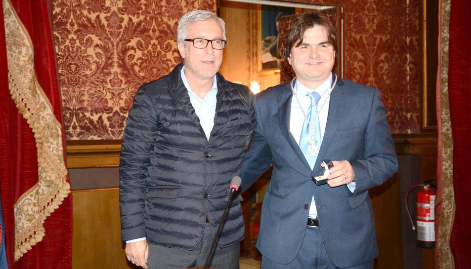 L'alcalde de Tarragona i el nou regidor municipal del PP.