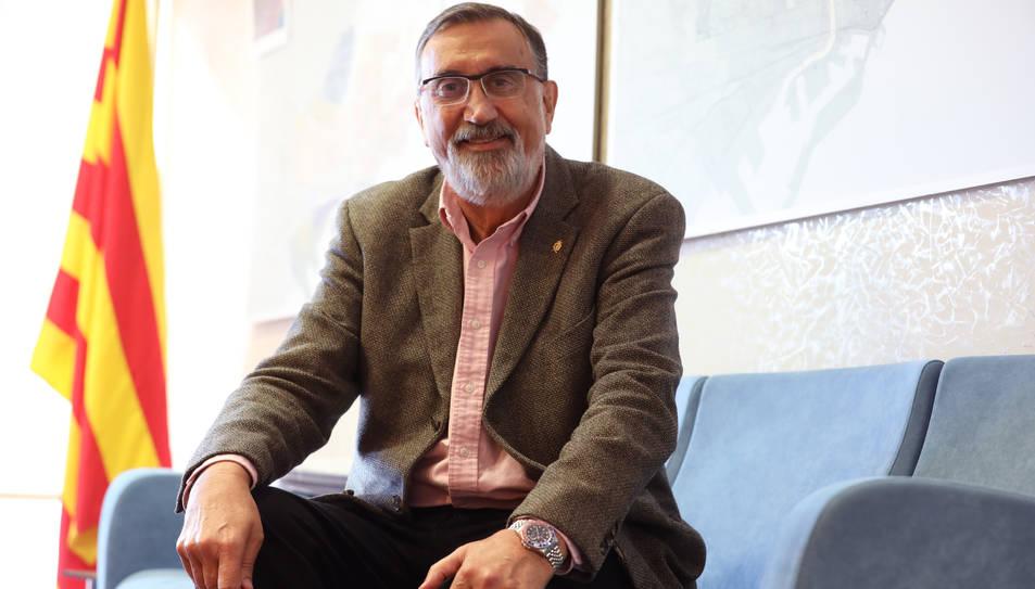 Josep Maria Milà al seu despatx, ubicat a l'edifici de l'OMAC de la Rambla Nova.