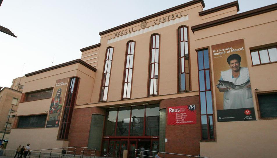 Una imatge d'arxiu de la façana del Mercat Central.