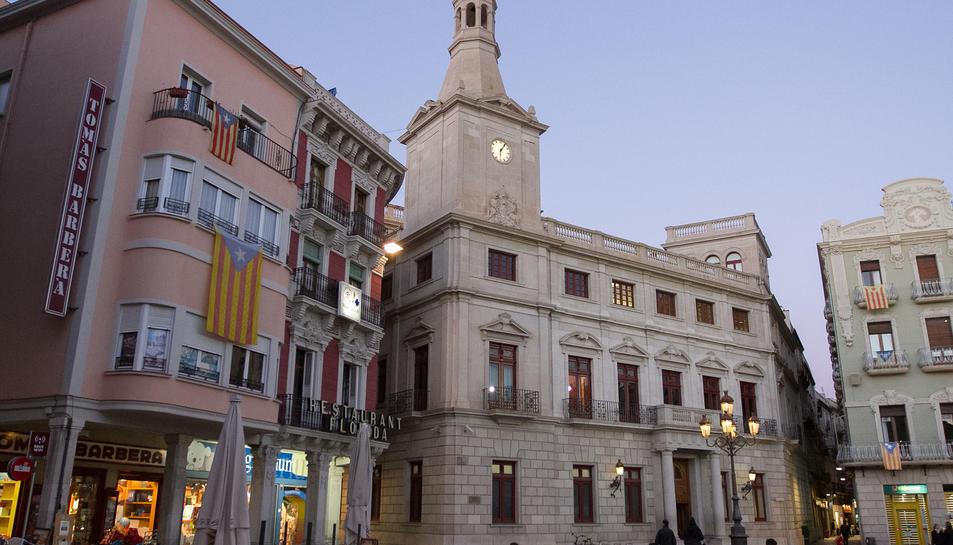 Una imatge d'arxiu de la façana del Palau Municipal.