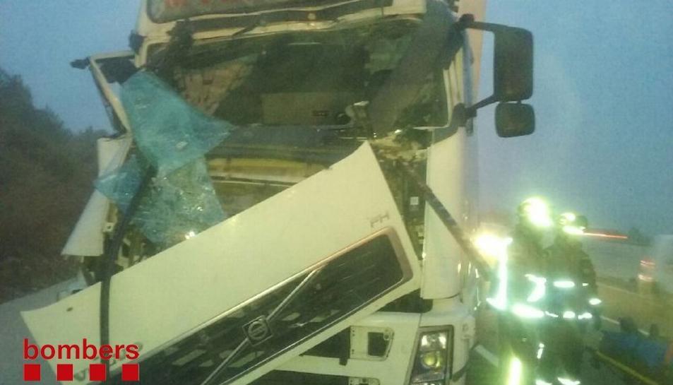 Imatge d'un dels camions afectats per l'accident.