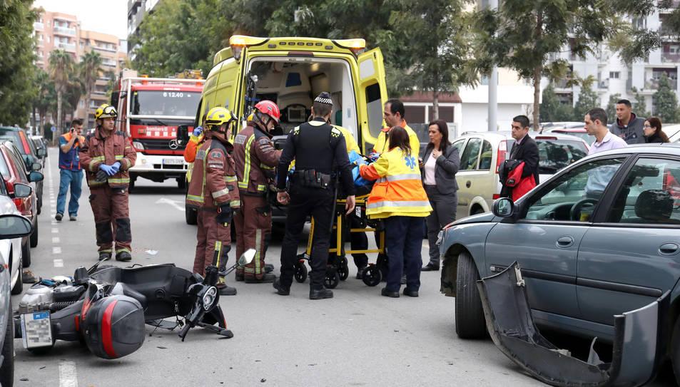 L'accident ha tingut lloc minuts abans de les dues del migdia.