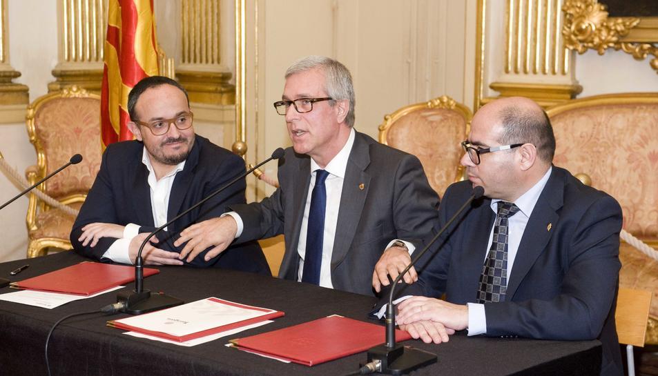 Ara fa un any, Alejandro Fernàndez, Josep Fèlix Ballesteros i Josep Maria Prats, van firmar el pacte.