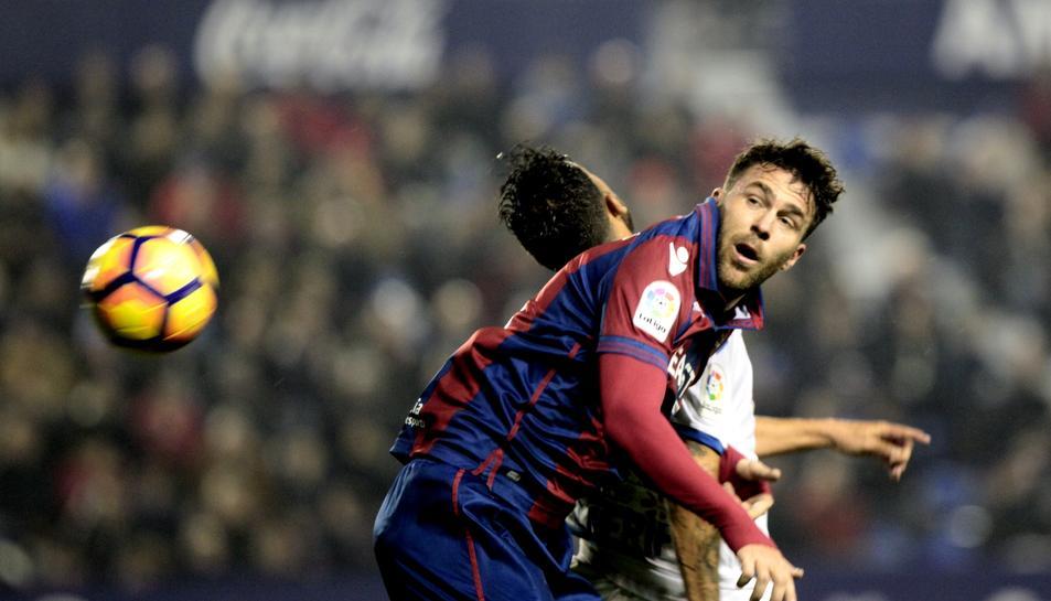Víctor Casadesús, exjugador del Nàstic, busca ara l'ascens a Primera Divisió amb el Llevant.