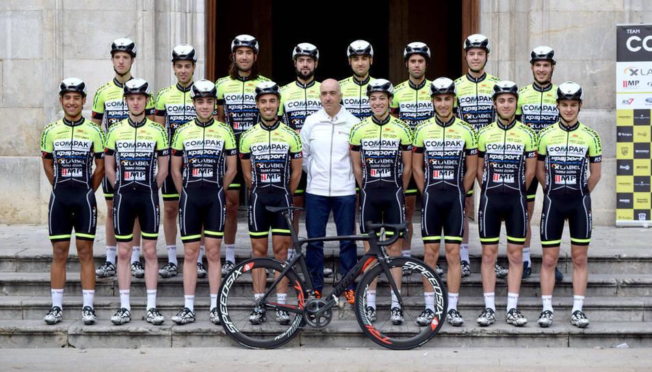 L'equip elit sub-23 del Club Ciclista Camplcar.