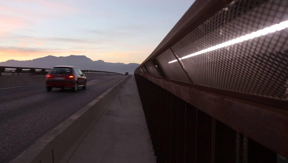 Imatge de la C-42 al seu pas pel Pont del Mil·lenari