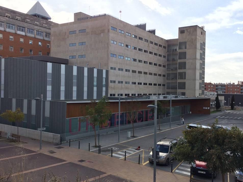 Vista general de l'edifici C de Joan XXIII on està situat el servei d'Urgències.