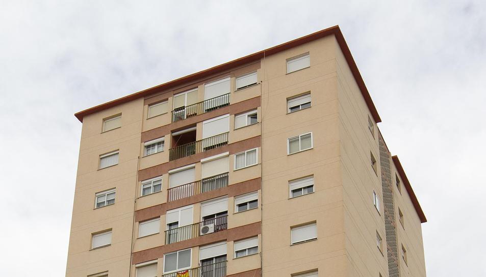 Una imatge del bloc Santiago, on hi ha les mascotes tancades.