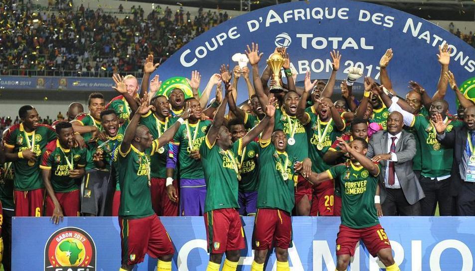 Els camerunesos celebren el títol.