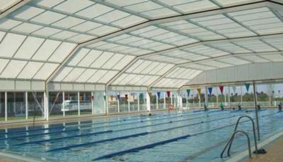 la piscina municipal de sant pere i sant pau cerrada a