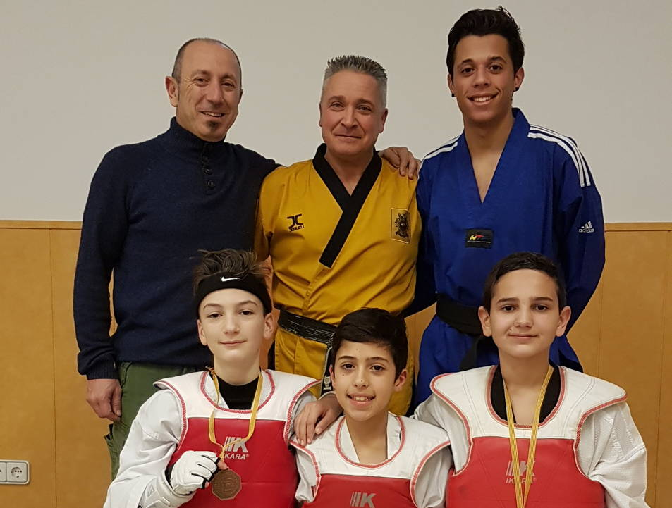 Imatge dels participants del Gimnàs Koryo de Reus al