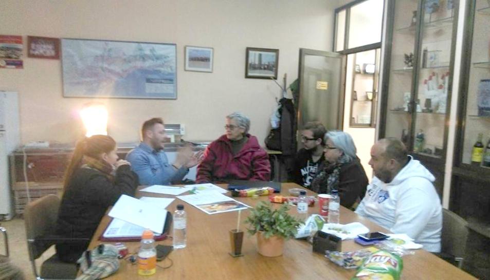 Mossos d'Esquadra, Guàrdia Urbana i la presidenta de l'associació animalista GaTvarres
