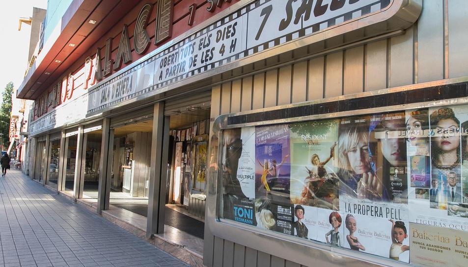 El Cine Reus Palace manté l'activitat i està programant encara projeccions i estrenes.