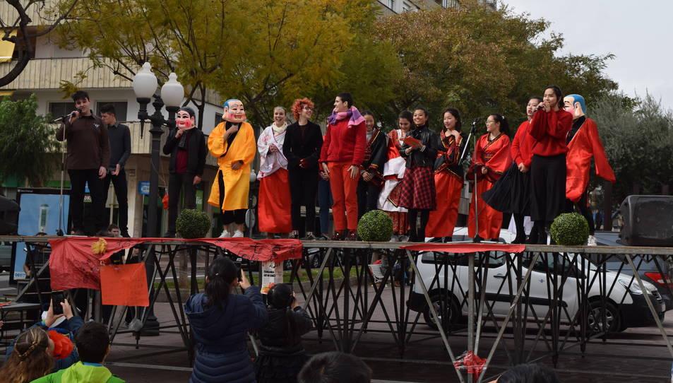 L'escenari ha acollit representacions populars.