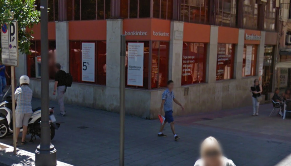 Condenan a bankinter a devolver euros a un for Buscador oficinas bankinter
