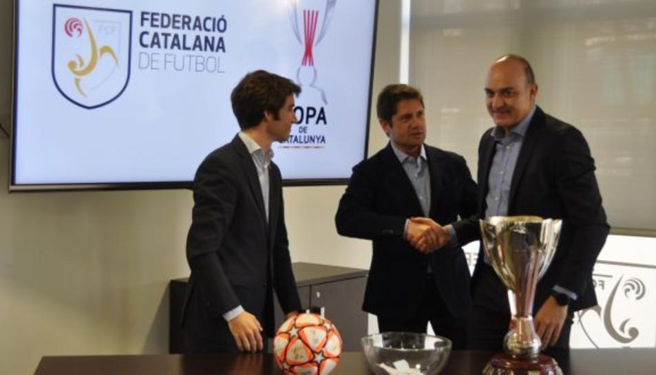 Al centre, Lluís Fàbregas i, a la dreta, Andreu Subies.