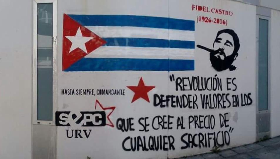 El mural pintat pel SEPC URV està situat al Campus Catalunya de la Universitat.