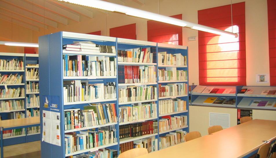 Imatge d'arxiu de la biblioteca d'Alcover.