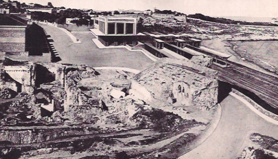 Fotomuntatge que es va fer a inicis dels anys cinquanta, on es va preveure construir la nova estació de ferrocarril