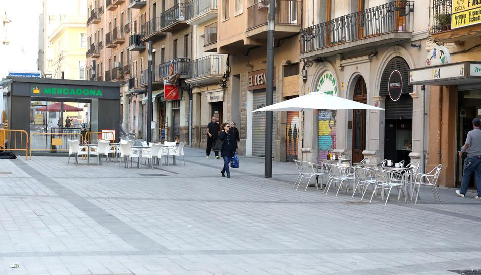 Durant els anys que ha durat la remodelació del Mercat, han tancat 114 establiments dels carrers adjacents a la plaça Corsini.