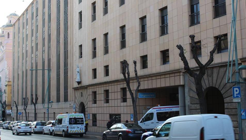 Vista general de l'hospital des de la Rambla Vella.