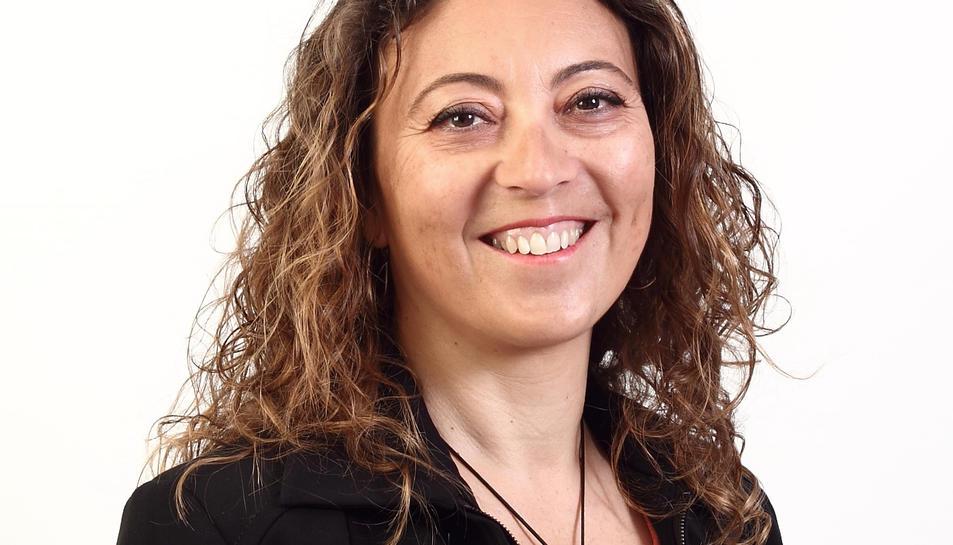 Maria Carmen Martín és militant del PSC des de l'any 2014.