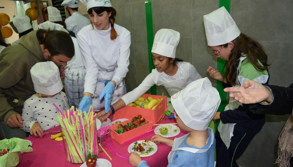 Actividades festivas de la inauguración del Mercat Central 1