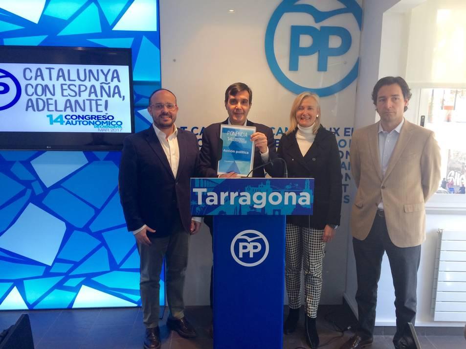 Ayllón, amb els representants populars a Tarragona.