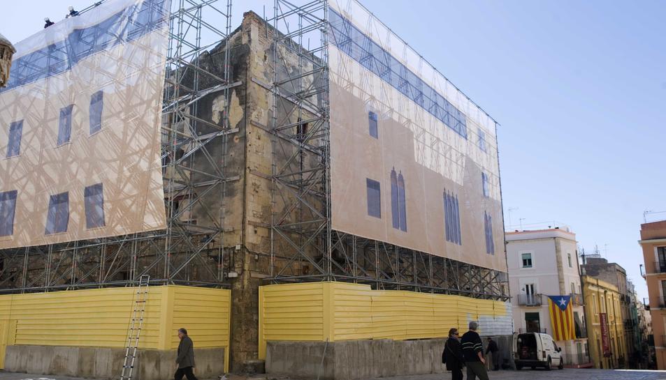 Immoble del Pla de la Seu on està prevista la construcció d'un hotel de luxe.