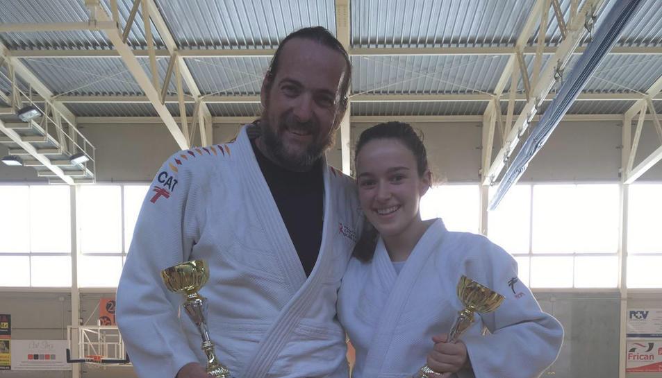 Imatge dels competidors Miguel Àngel Díaz i Estela Marca, que van aconseguir fer pòdium.