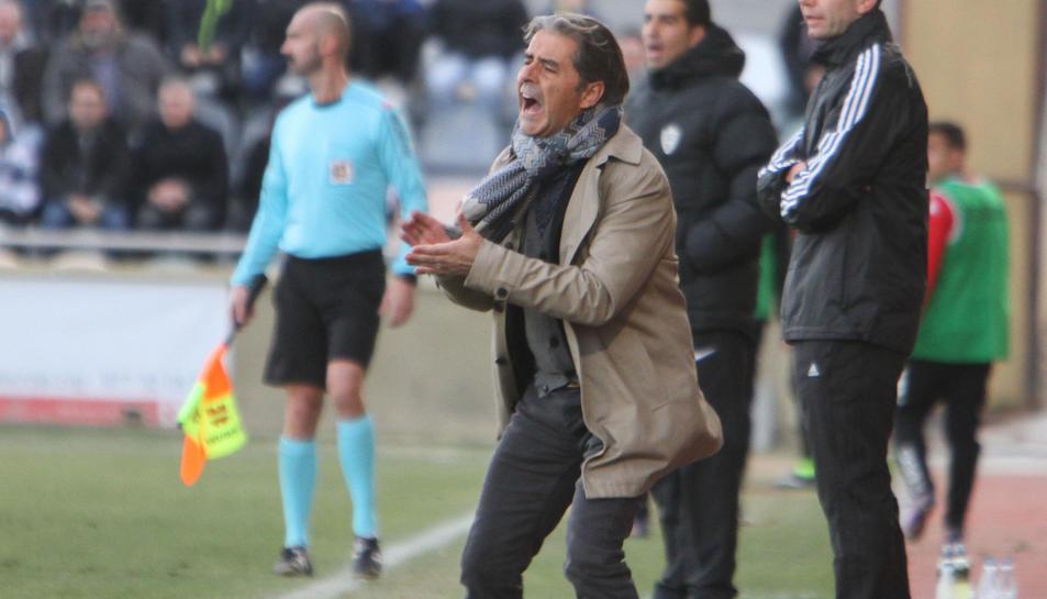 Natxo González, durant un dels entrenaments d'aquesta campanya amb el CF Reus, a l'Estadi.