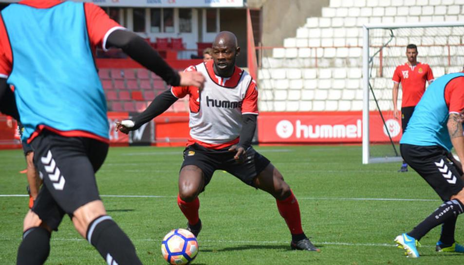Achille Emaná, durant un entrenament.