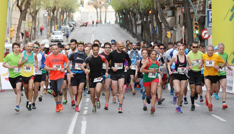 La sortida de la cursa es va produir a les nou del matí.