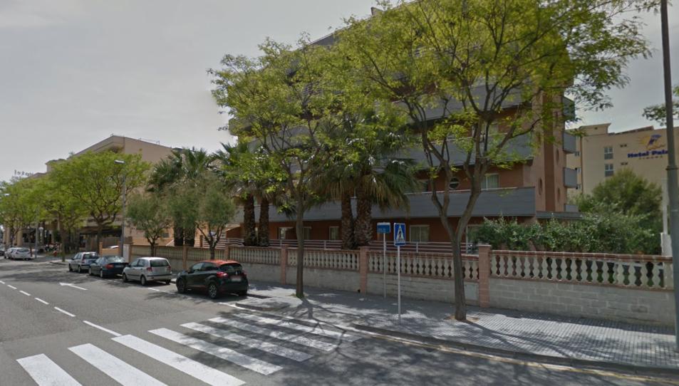 L'hotel es troba en aquest carrer de la Pineda.