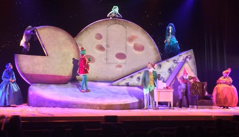 Un moment de la representación del musical de Geronimo Stilton.