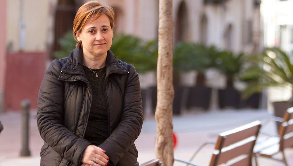 La regidora de Serveis Socials, Emi Martínez, és una de les que truca a les persones grans.