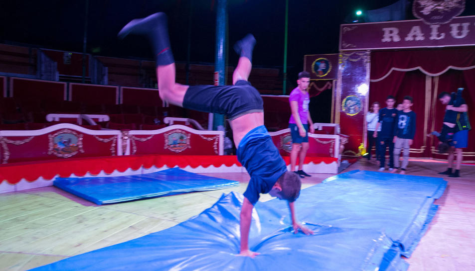 El Circ Raluy reserva un espai de la seva pista per al vessant social