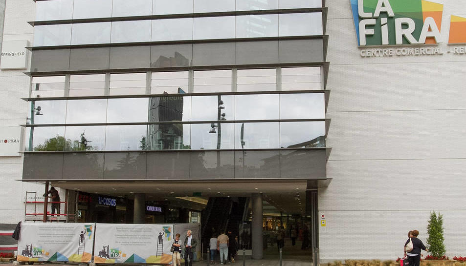 La Fira, Centre Comercial gestionat per Merlin Properties, aposta per la reducció del con-sum des de petites accions.