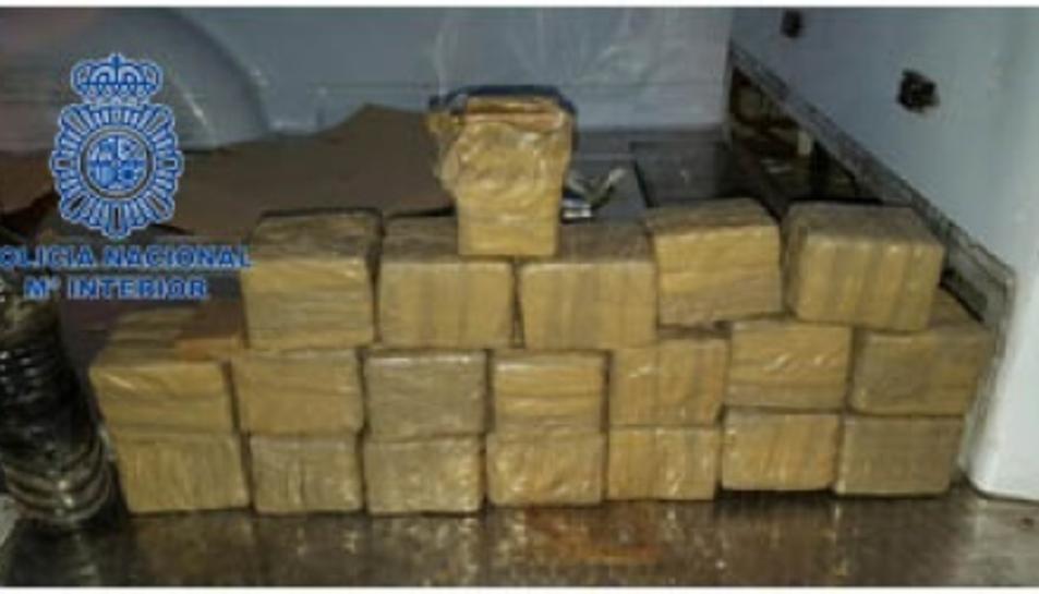 Durant l'operació s'han confiscat fins a 180 kg d'haixix.