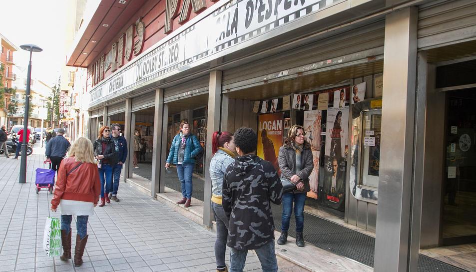 Ahir es van poder veure les últimes pel·lícules de cartellera a l'emblemàtic edifici.