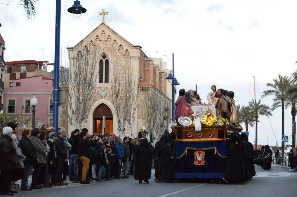 Imatges del viacrucis processional del Gremi de Marejants, al Serrallo.