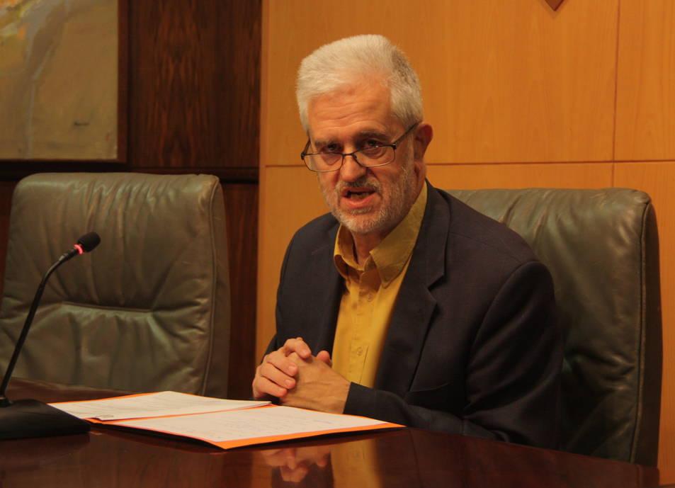 L'alcalde del Vendrell, Martí Carnicer, en una roda de premsa. (Imatge d'arxiu).