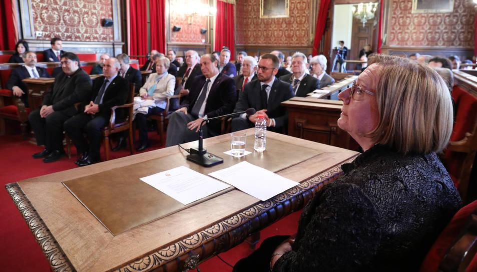 Sofia Mata de la Cruz, durant la lectura d'un pregó que va rescatar aspectes històrics dels opúscles.