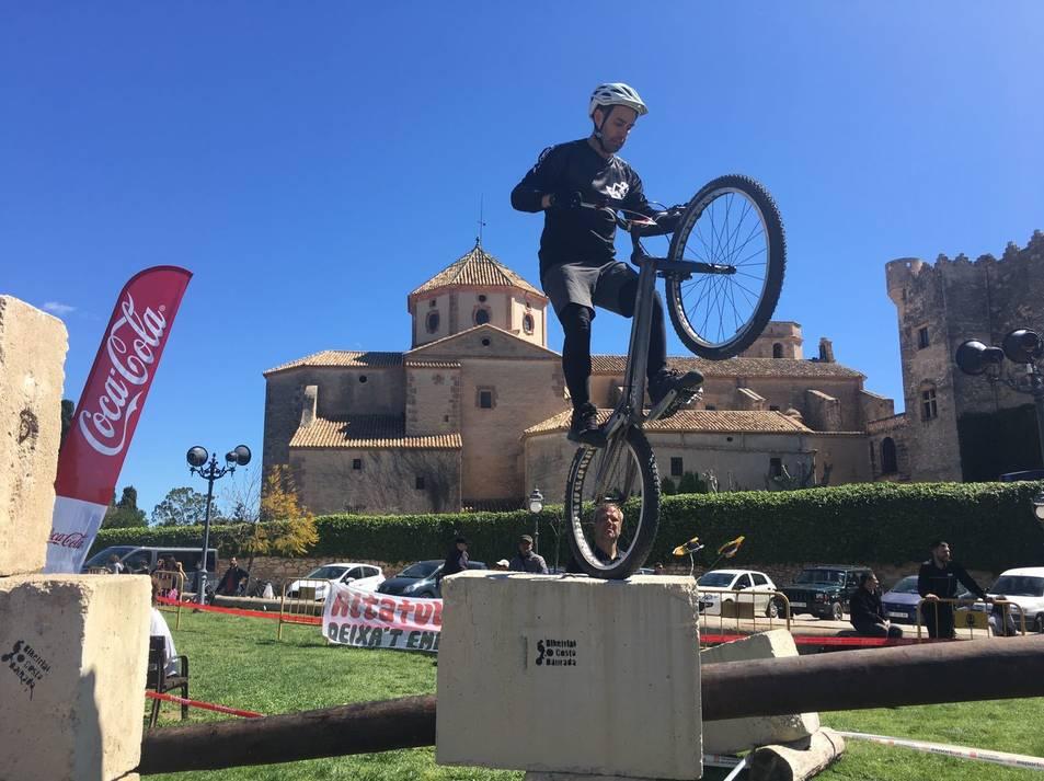 Imatges de la cita de Bike Trial, puntuable per a la Copa Catalana, disputada al castell d'Altafulla.