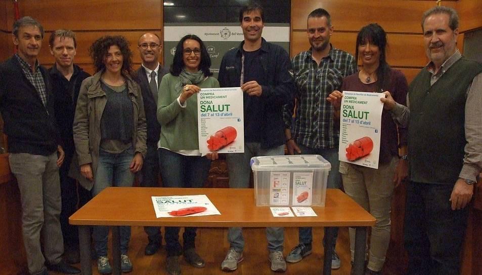 La presentació de la campanya, que compta amb la participació de totes les farmàcies del municipi.