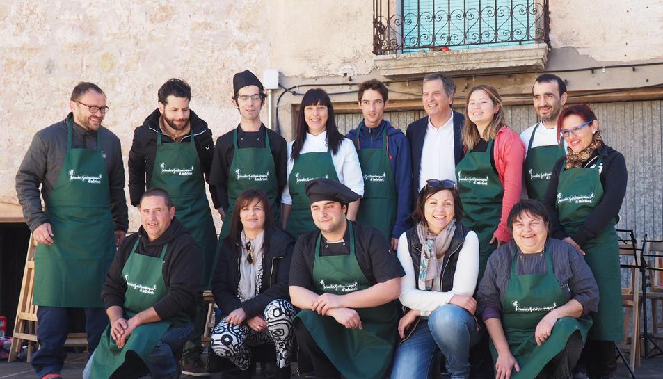 Imatge dels restauradors participants en les I Jornades gastronòmiques d'Interior.